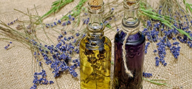 Best Oil For Aging Skin: How To Keep Your Skin Healthy And Beautiful