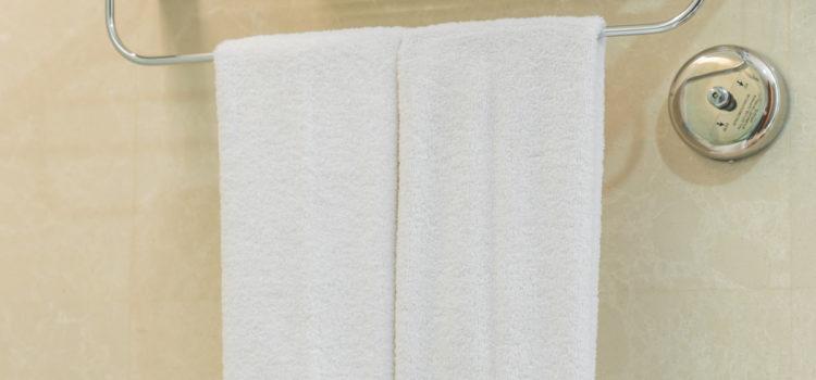 Bamboo Towel Rod For A Chic Organized Bathroom