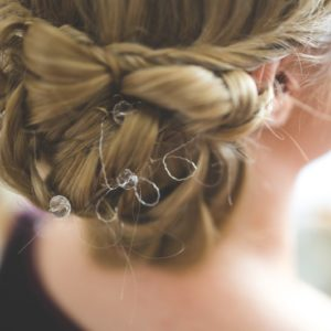 Non-Toxic Hair Spray For A Beautiful Healthy Hairstyle