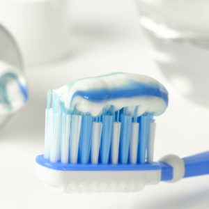 Non-SLS Toothpaste - Get Beautiful Healthy Teeth