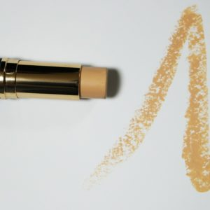 Non-Toxic Drugstore Foundation - Get A Flawless Look Without Chemicals